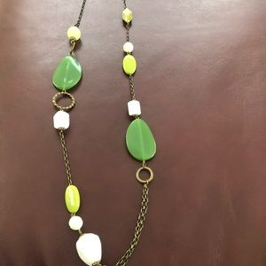Jewelry - Multi green necklace